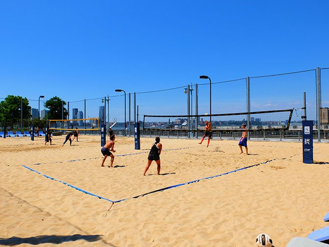 TriBeCa in New York - Beach Volley