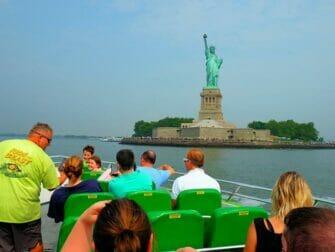 Circle Line The Beast in New York - Skyline