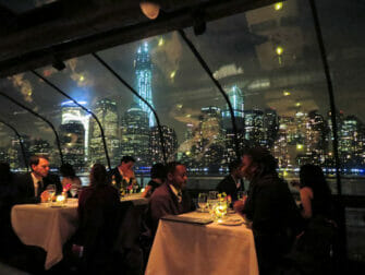 Bateaux Dinner Cruise in NYC - Passengers