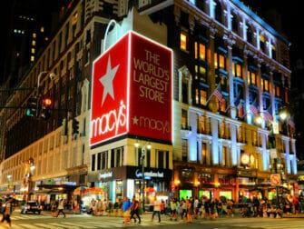 Macys in NYC - Exterior