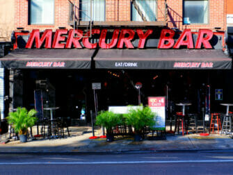Midtown Nightlife in NYC - Mercury SportsBar