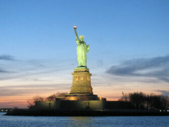 Twilight Boat Tour - Statue of Liberty