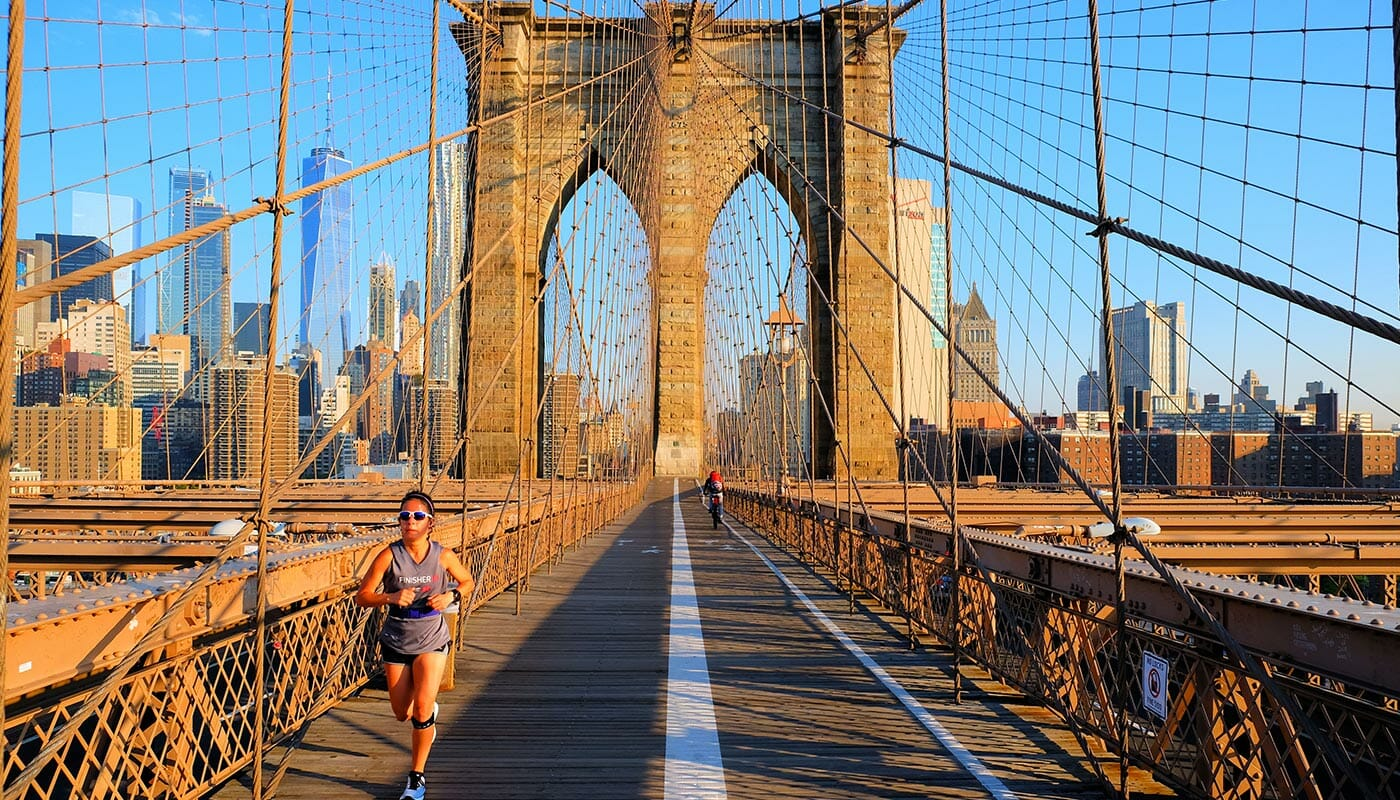 Brooklyn Bridge in New York - Running