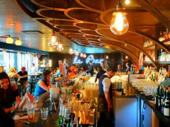 New York Markets - Le Bar at Le District