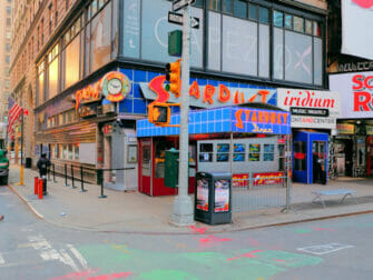 Breakfast in New York - Ellens Stardust