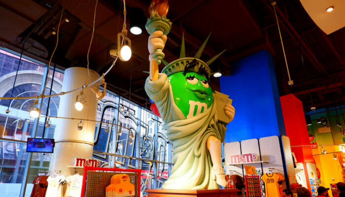 MM's Store on Times Square Lady Liberty