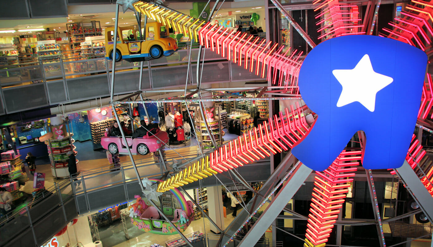 """Ferris Wheel at Toys""""R""""Us in New York"""