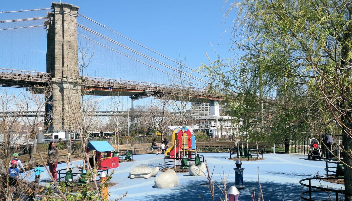 Playgrounds in New York - Pier 1 Playground