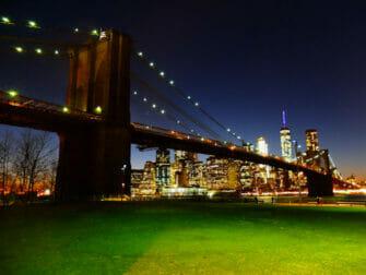 Brooklyn Bridge Park in New York Brooklyn Bridge