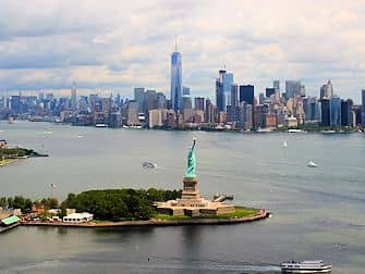 New York Helicopter Tour - Statue of Liberty