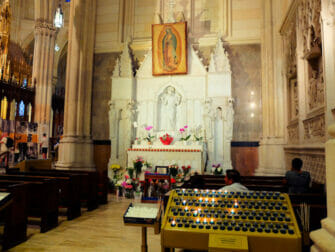 St. Patrick's Cathedral in New York - Altar
