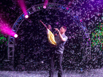 Gazillion Bubble Show on Broadway Tickets Family Show
