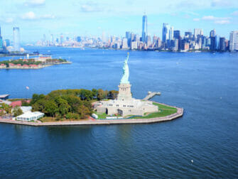 New York Helicopter Tour Statue of Liberty Downtown eric both bottom right