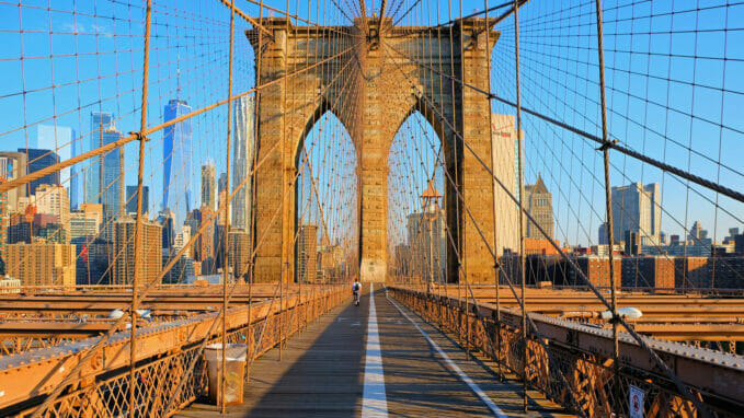 Brooklyn Bridge Zoom