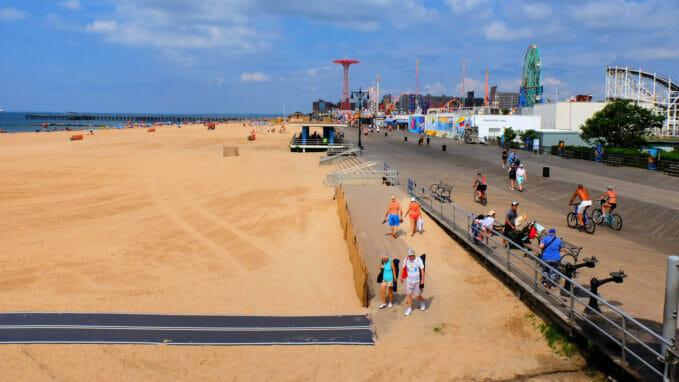 Coney Island Zoom