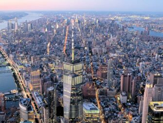 Evening Helicopter Tour and Sightseeing Cruise in New York Freedom Tower