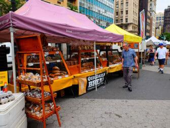 Eco friendly New York trip Bread at Union Square Greenmarket