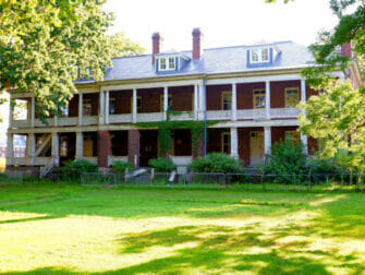 Governors Island in New York Building