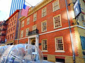 Hamilton Tours in New York Fraunces Tavern