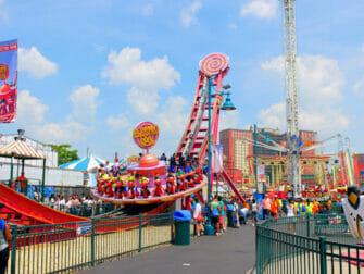 Luna Park in Coney Island Tickets - Amusement Park Ride