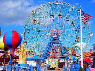 Denos Wonder Wheel Amusement Park in Coney Island