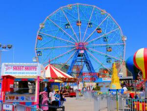 Denos Wonder Wheel Amusement Park in Coney Island Ferris Wheel